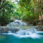 Orman-icinde-selale,-Kanchanaburi,-tayland-gergi-tavan-gorseli